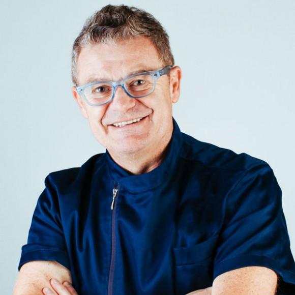 Dr. Mauro Emilio Donà